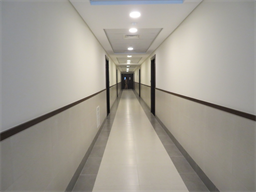 27-39-19-07-39-50-Corridor